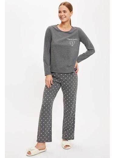 Defacto –Fit Altı Desenli Üstü Minimal Baskılı Pijama Takımı Antrasit